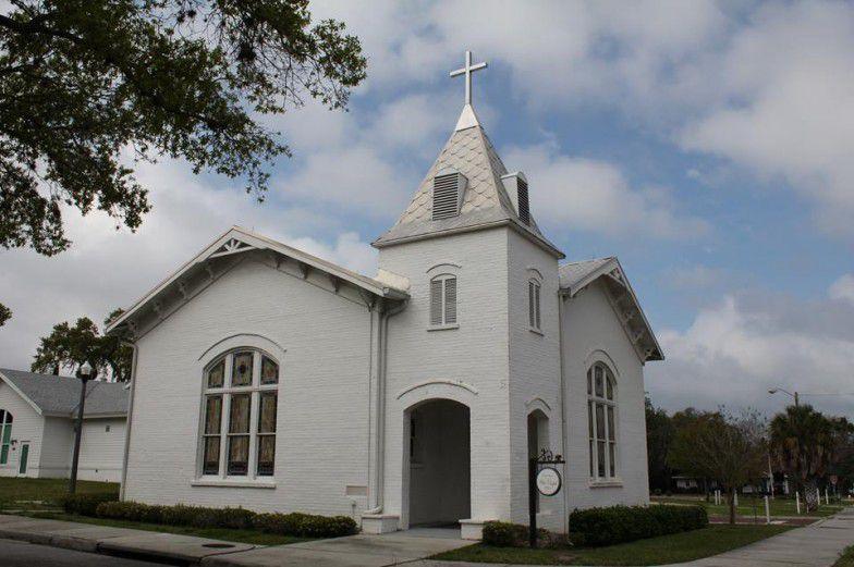 Dunedin Non-denominational Wedding Ceremony Officiate Recommends Local Chapel's for Wedding Location Ideas