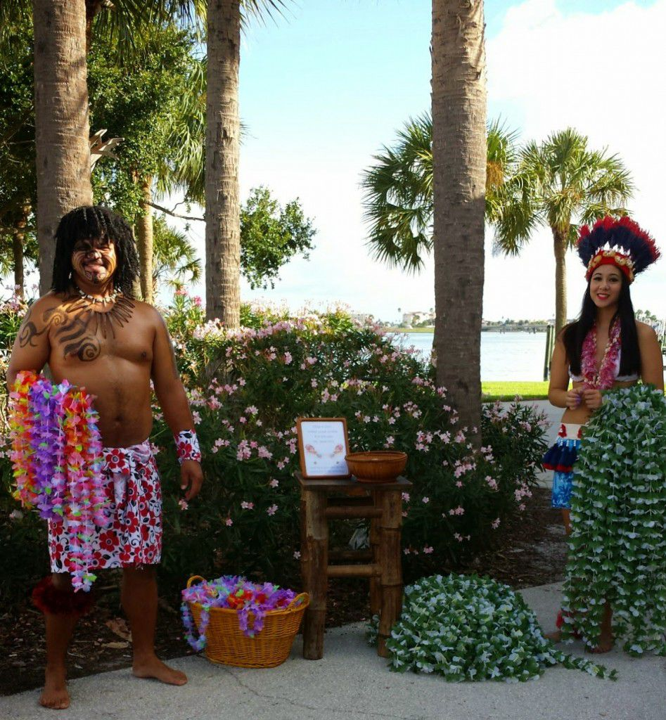 Hawaiian greeters at Rick and Nichole's Clearwater Beach wedding.