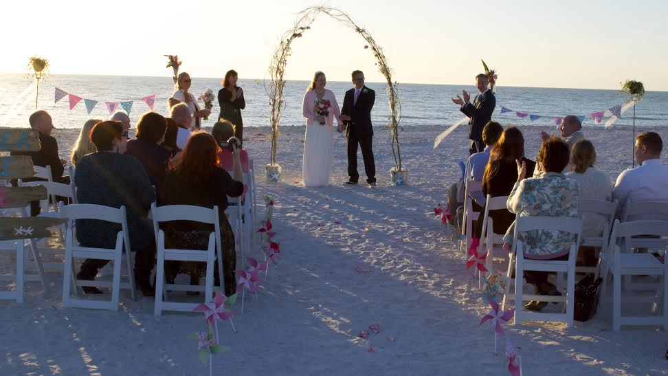 Honeymoon Island Wedding Ceremony