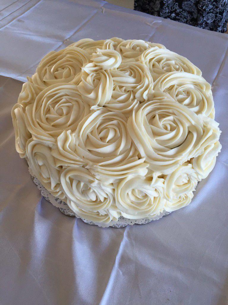 Beautiful wedding cake by Cakes by Alisha