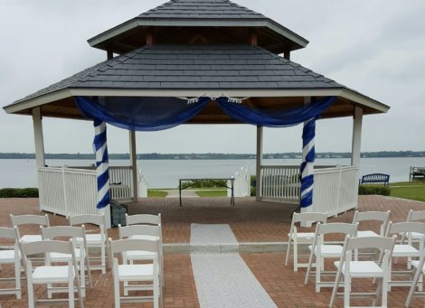 Wedding Ceremony at Veteran's Memorial Park in Oldsmar