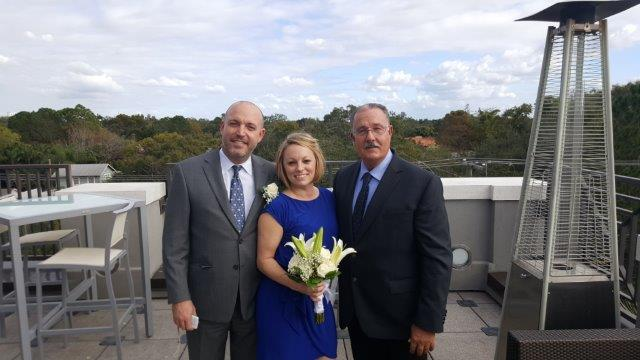 Spur of the moment elopement ceremony in Tampa