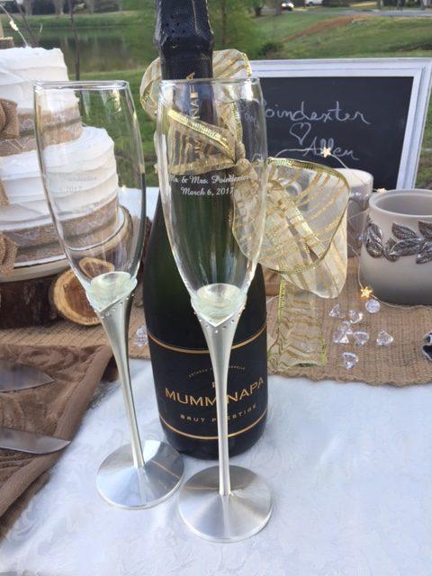 Mr. & Mrs engraved champagne flutes